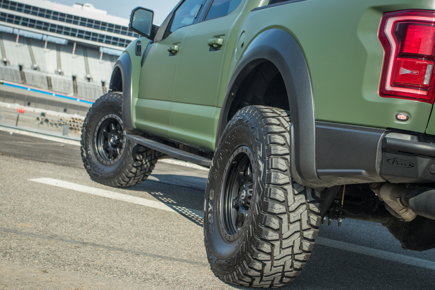 2019 Ford F 150 Raptor 4 inch Fabtech Lift with ADD