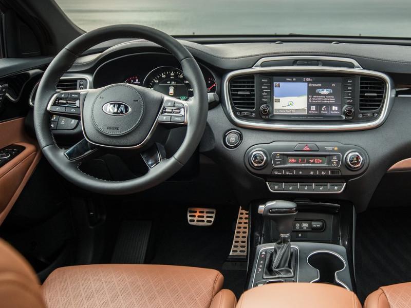 Interior view of a 2019 Kia Sorento