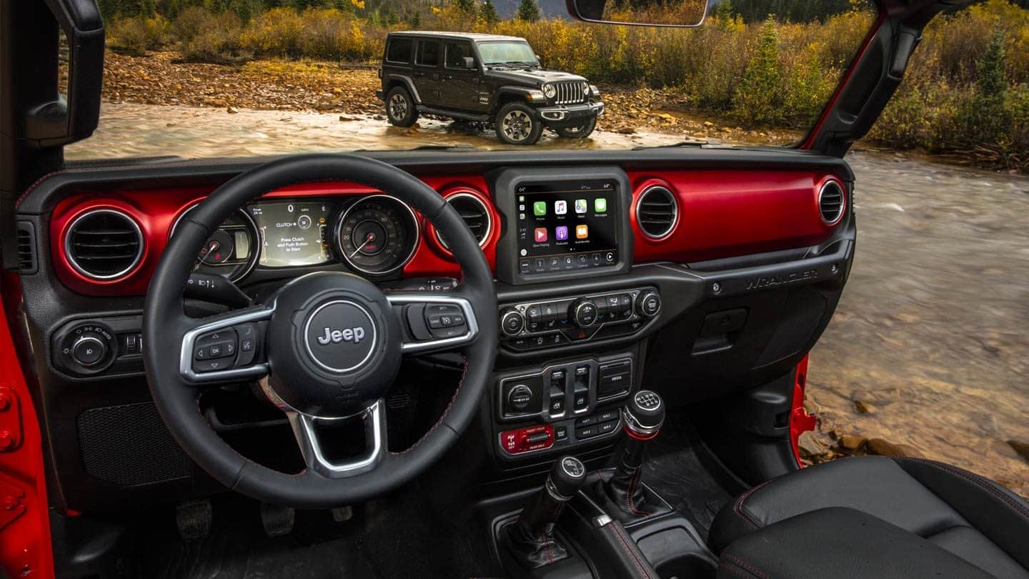 Interior of the 2019 Jeep Wrangler