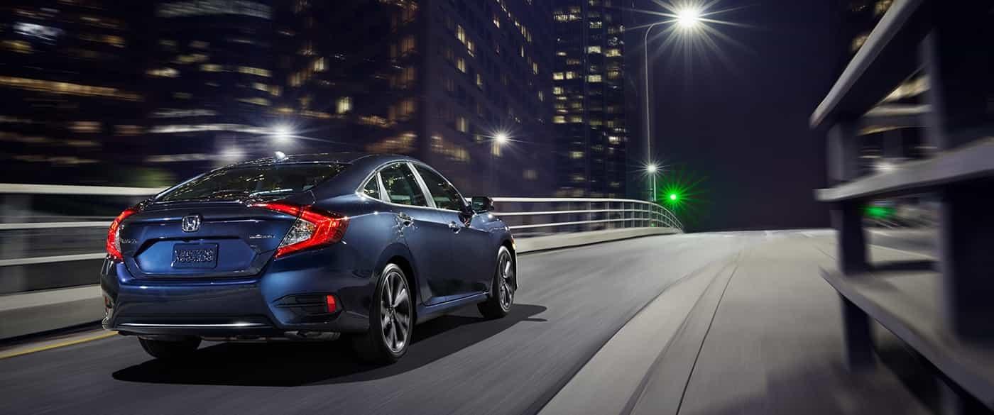 El motor turboalimentado de 1.5L es estándar en modelos EX, EX-L y Touring