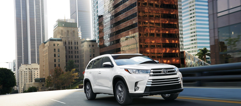 2019 Toyota Highlander for Sale near Brunswick, OH