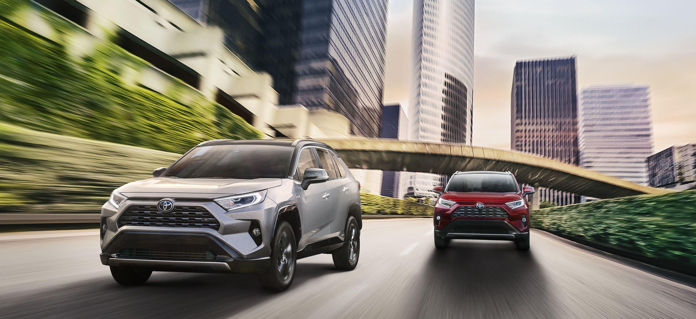 2019 Toyota RAV4 Leasing near Brunswick, OH