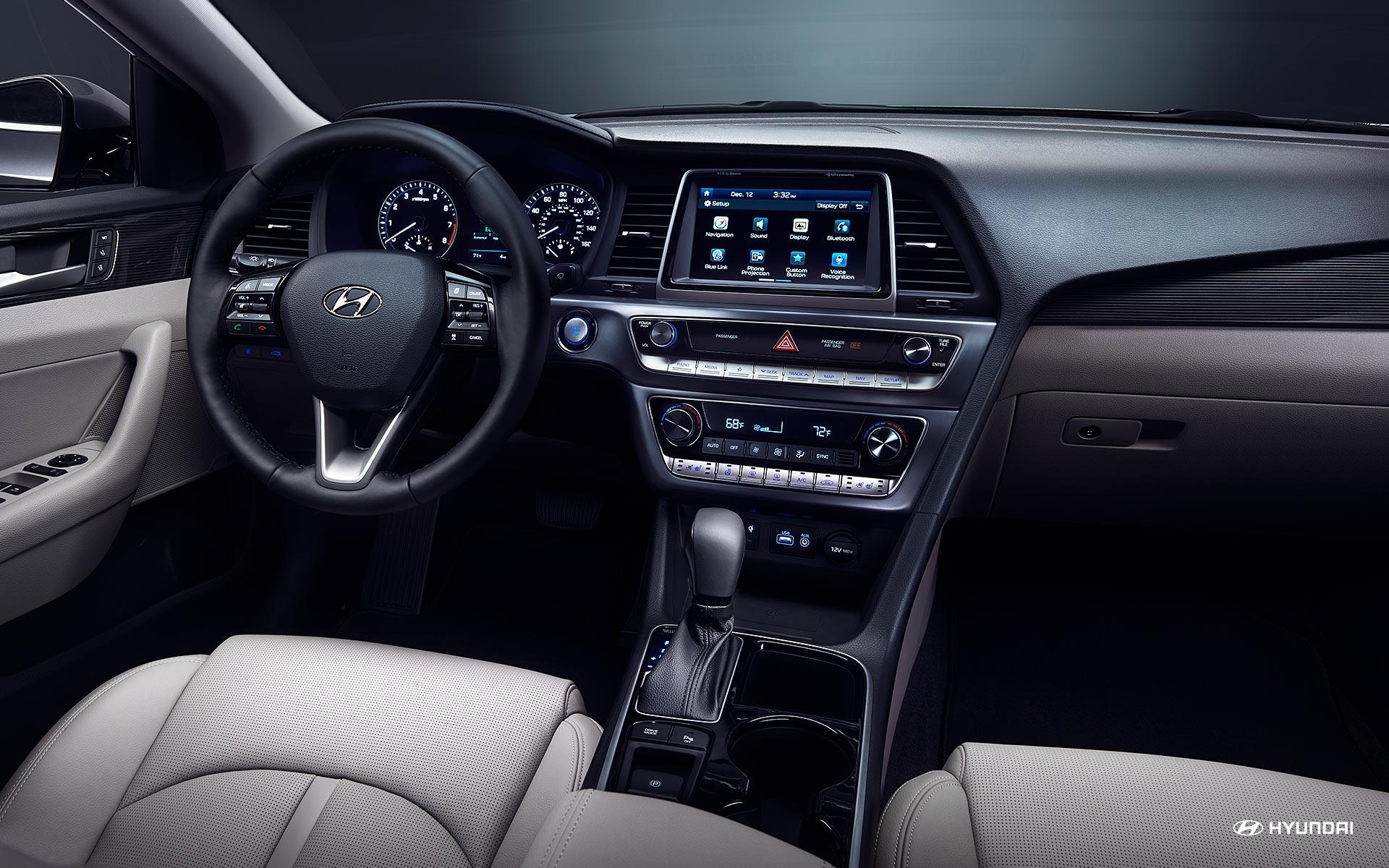 Interior of the 2019 Hyundai Sonata