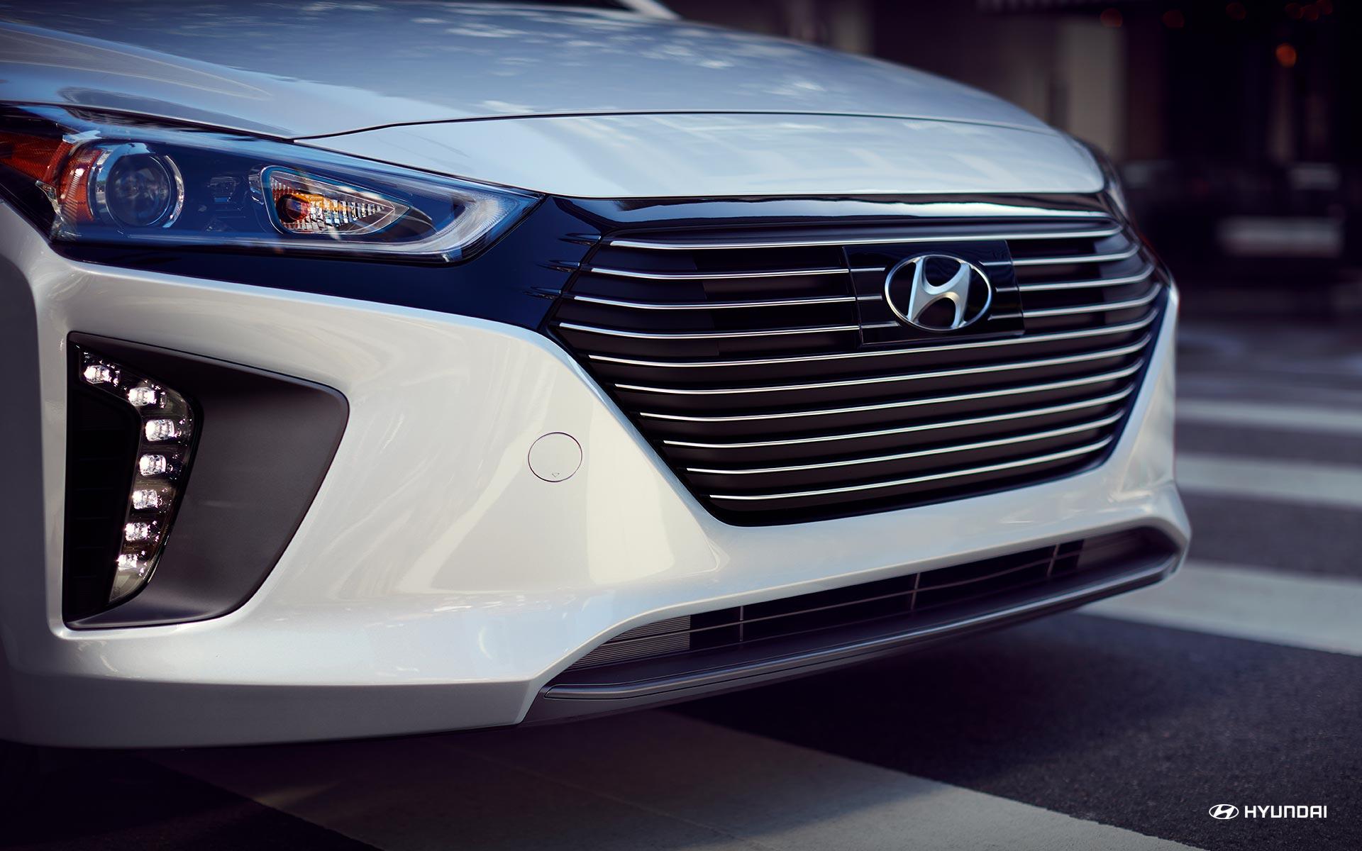 Amarás conducir tu nuevo Ioniq Hybrid 2019 y disfrutar de las múltiples comodidades que te ofrece.