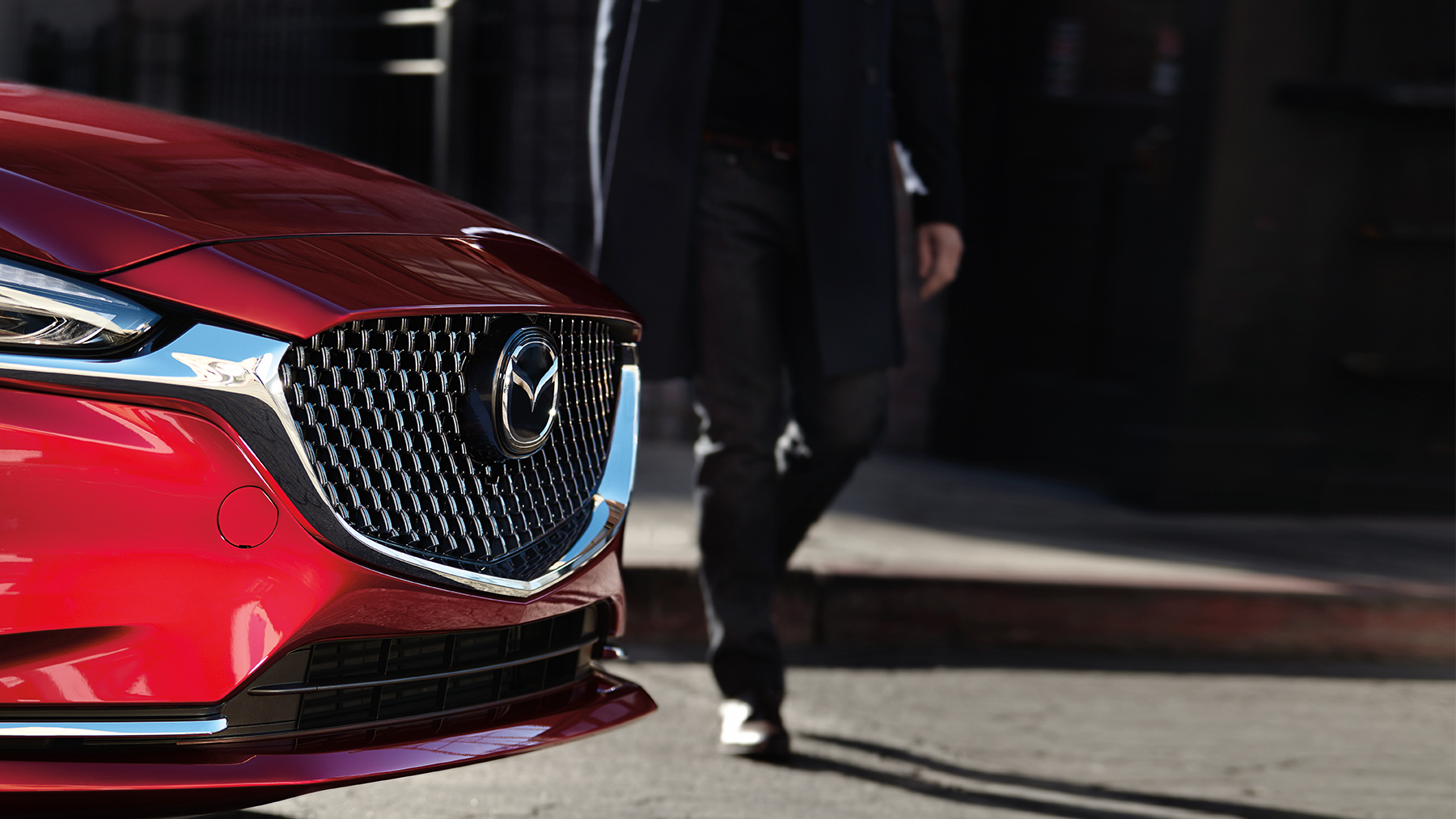 Make a Dazzling Impression in the Mazda6!