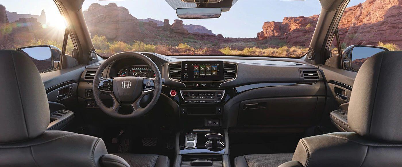 2019 Honda Passport Cockpit