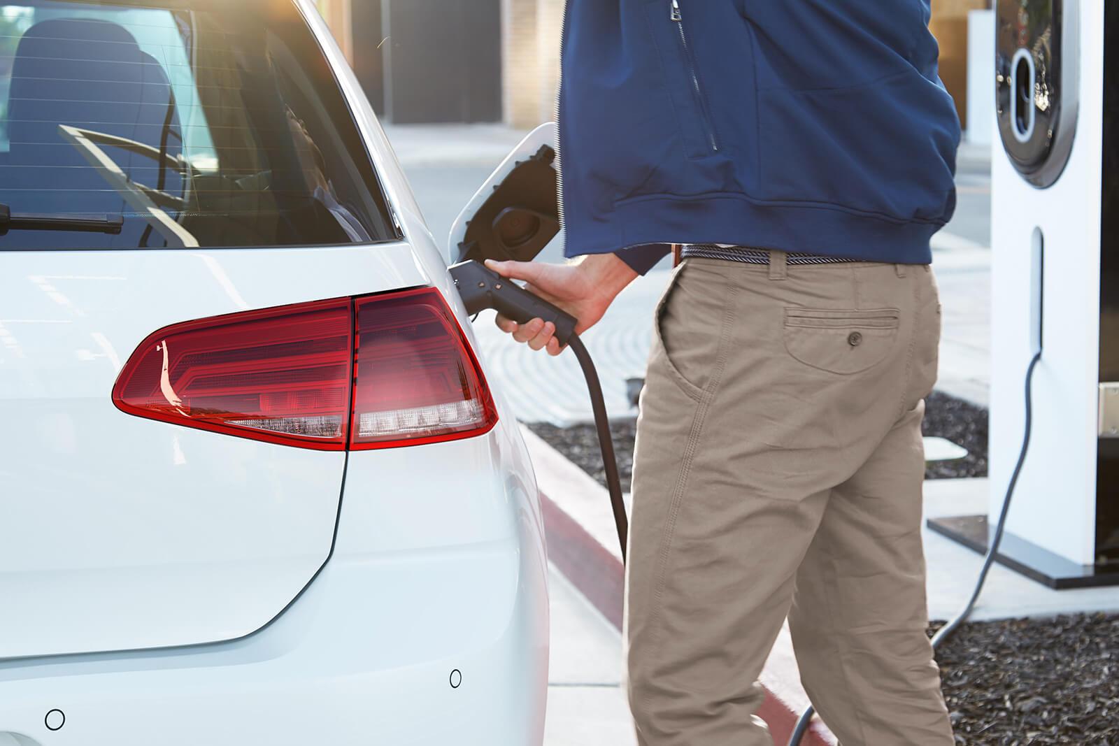 El VW e-Golf 2019 se carga con facilidad
