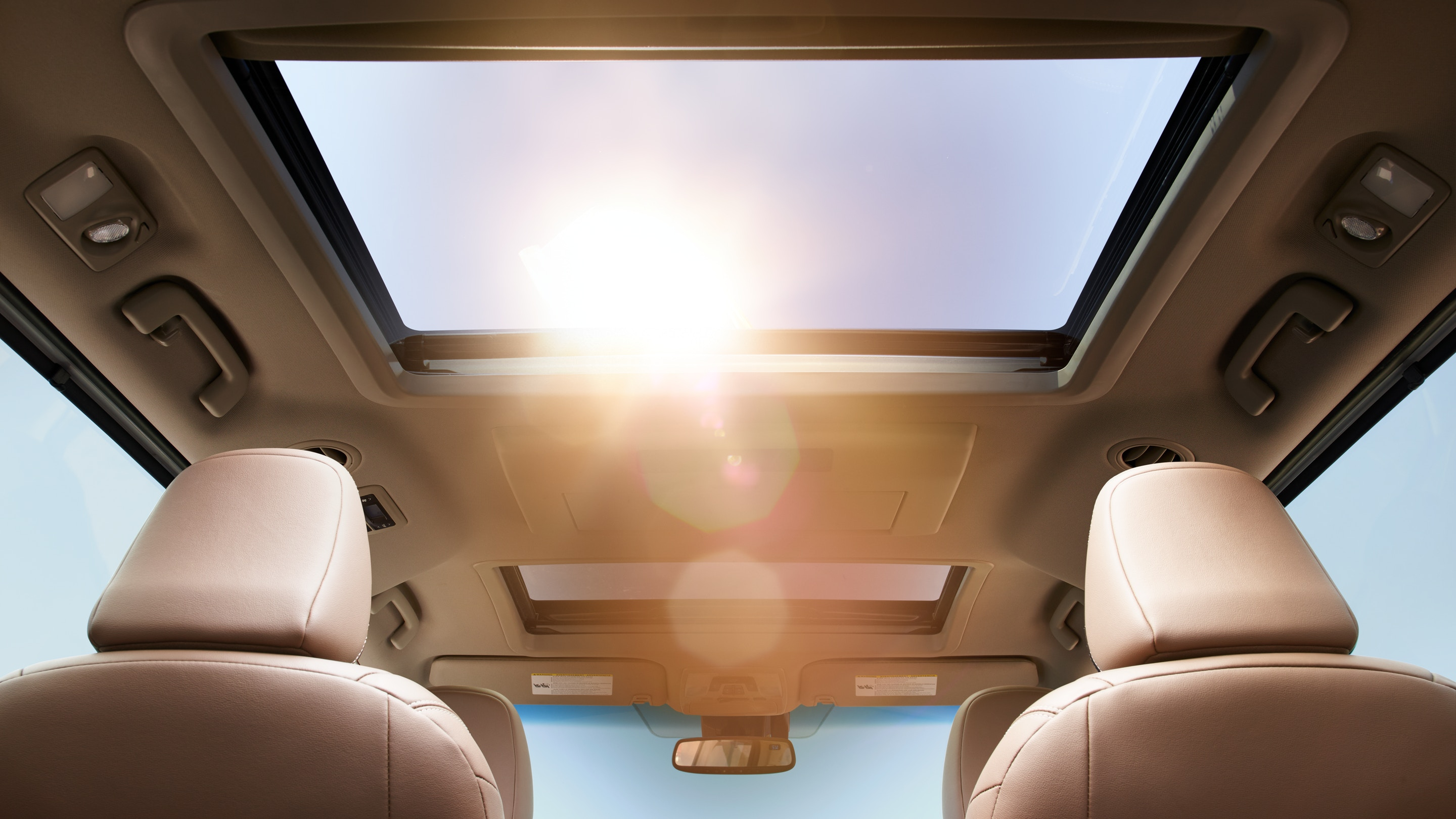 Feel the Breeze as You Cruise in the Sienna!