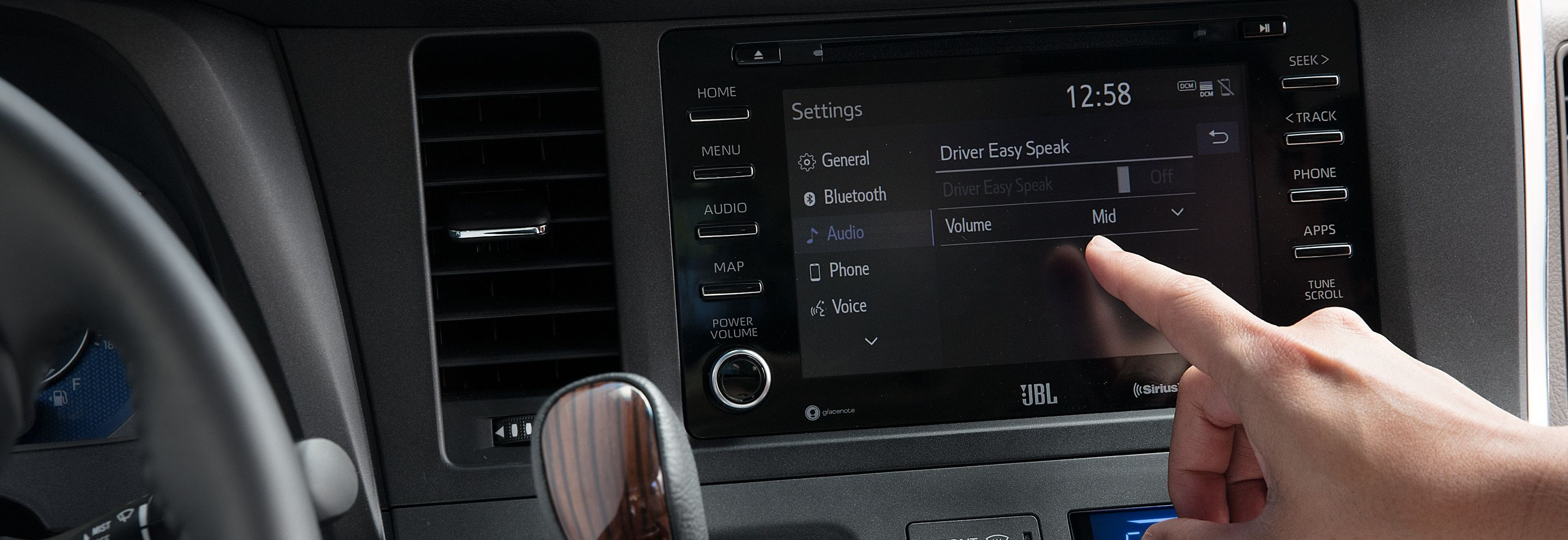 Helpful Tech in the 2020 Sienna