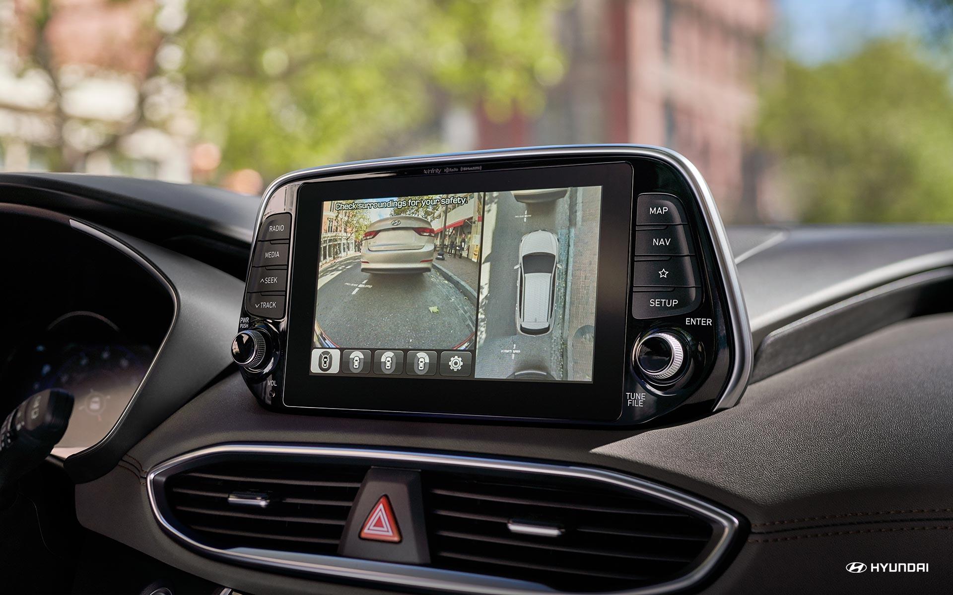 Monitor de vista envolvente del Hyundai Santa Fe 2019