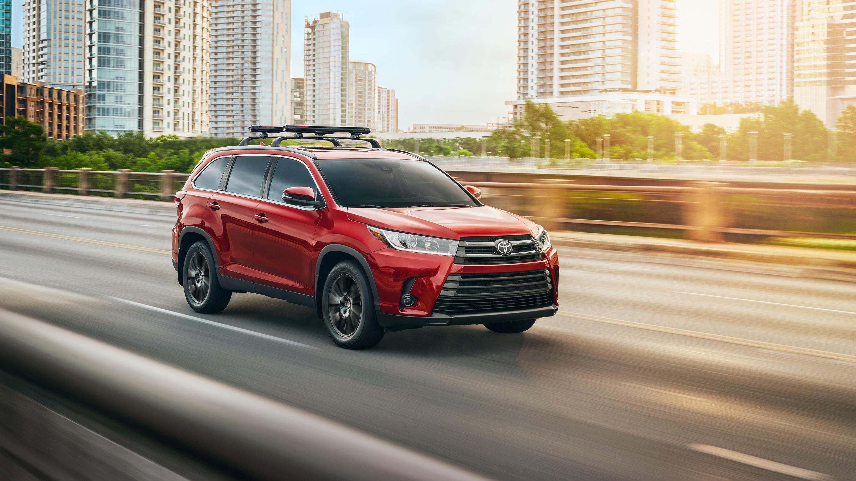 2019 Toyota Highlander Financing near Canton, OH