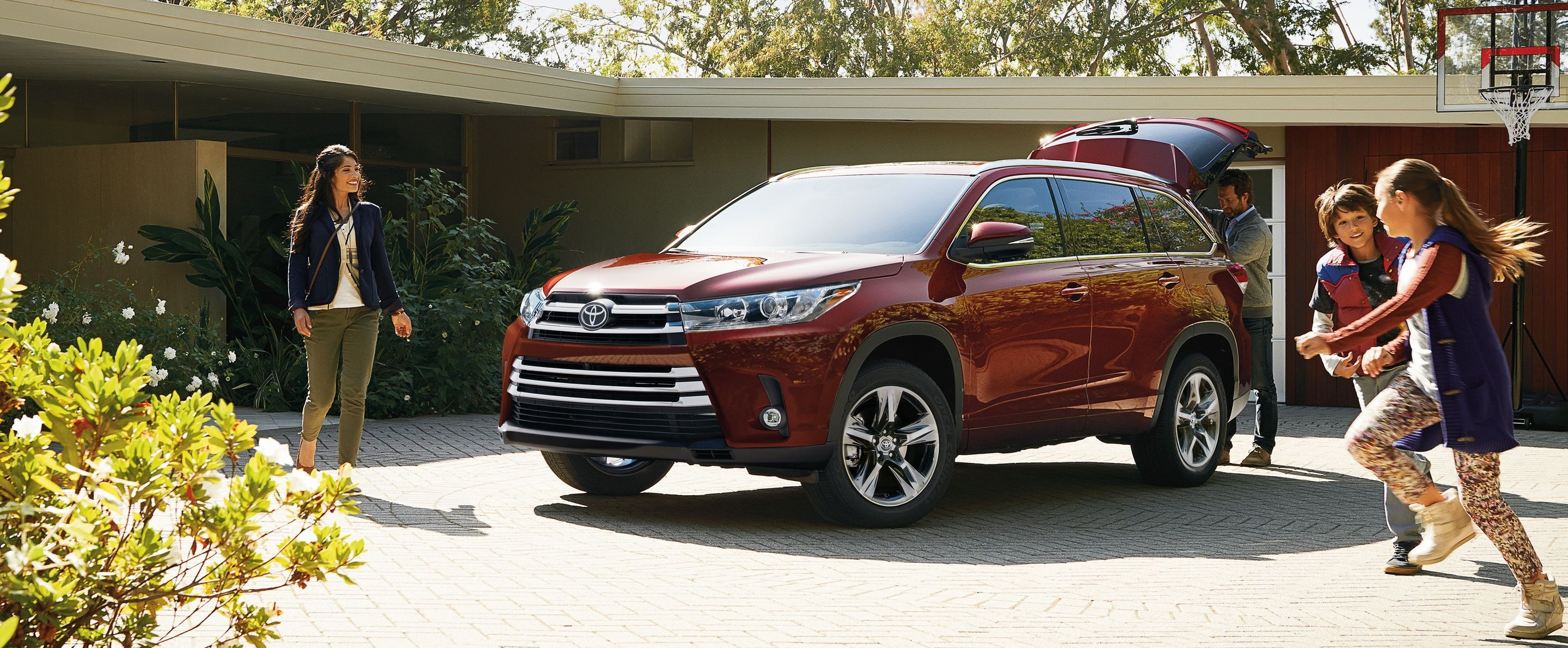 2019 Toyota Highlander for Sale near Canton, OH
