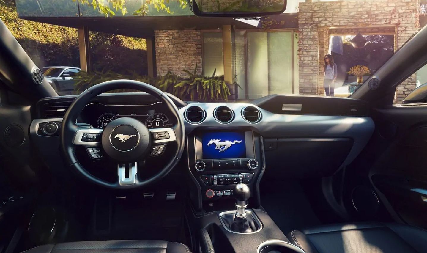 2019 Ford Mustang Dashboard