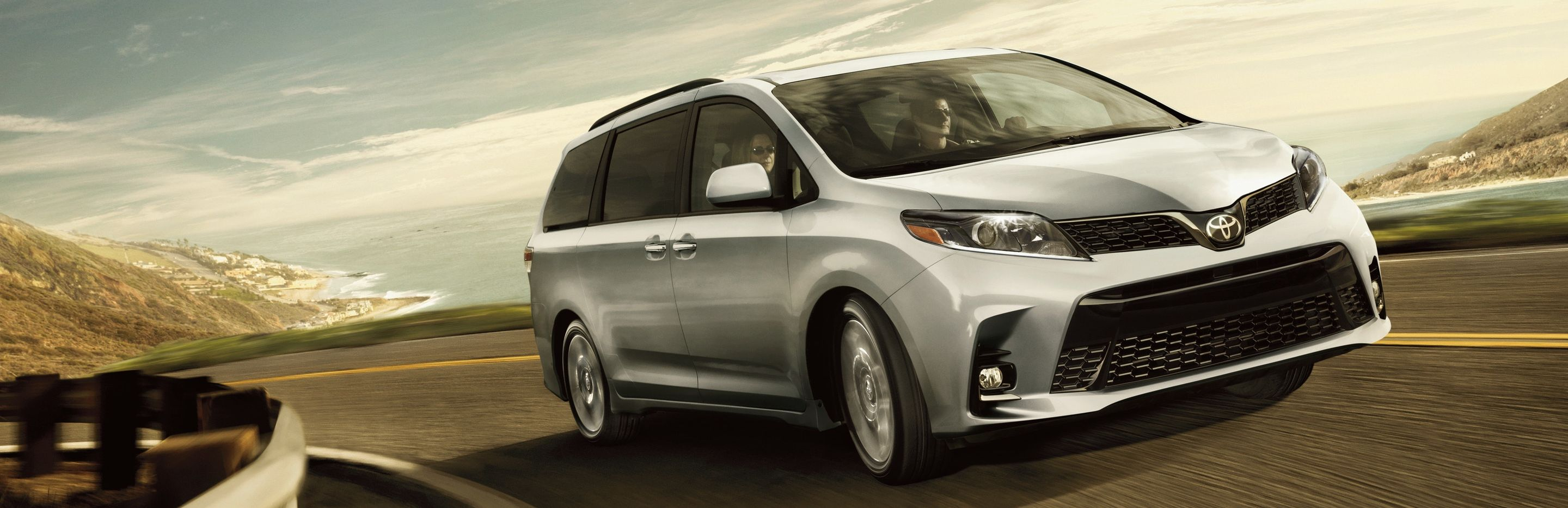 2020 Toyota Sienna for Sale near Des Moines, IA