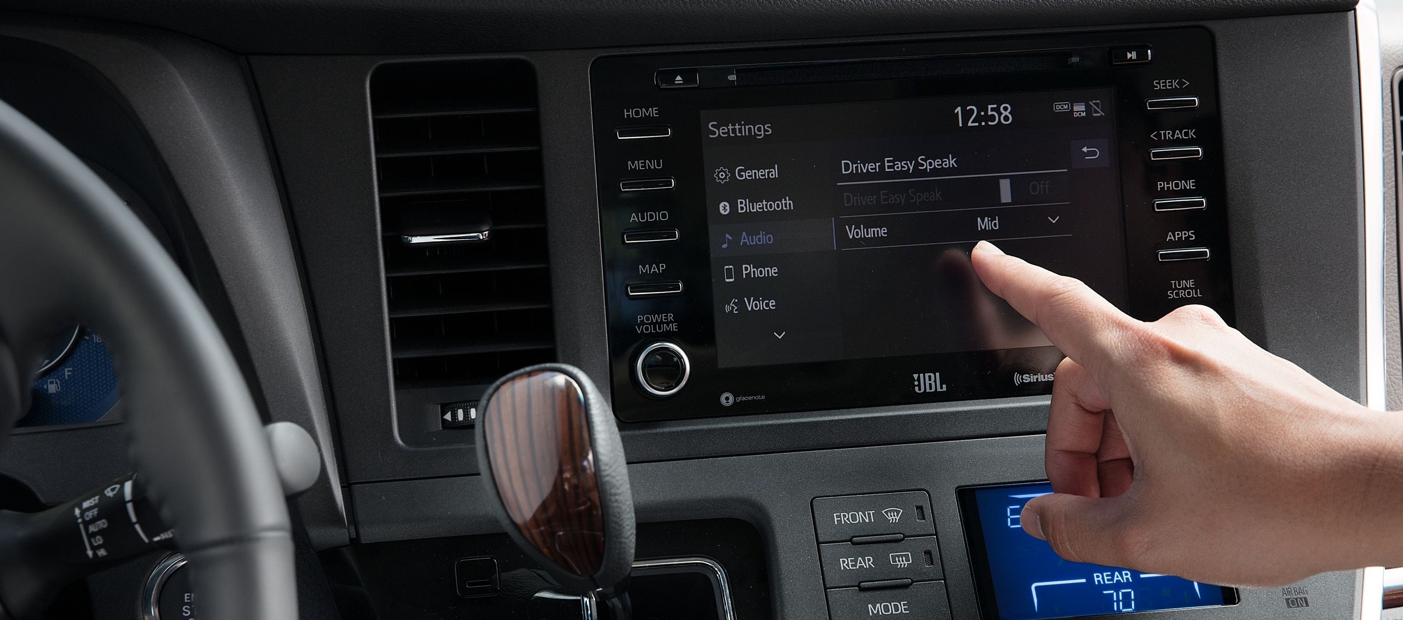 The Modern Dashboard of the 2020 Sienna