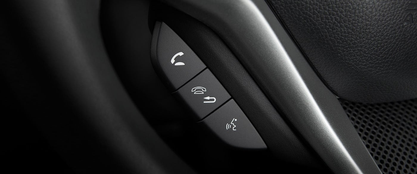 Steering Wheel-Mounted Controls in the 2019 Fit
