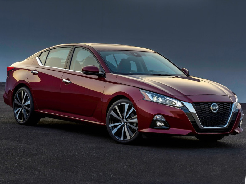 Front exterior view of a red 2019 Nissan Altima