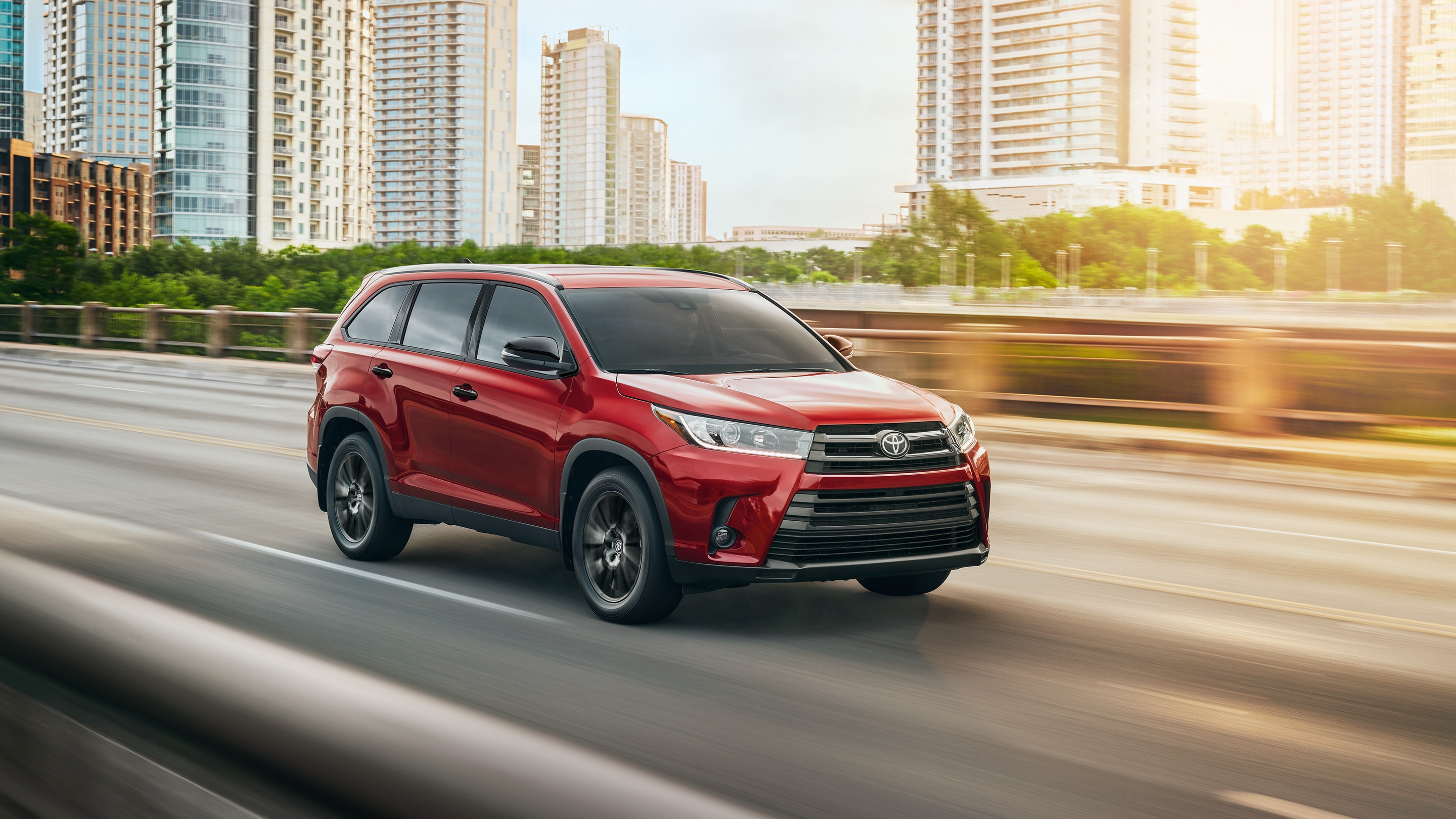 2019 Toyota Highlander Key Features near Queens, NY