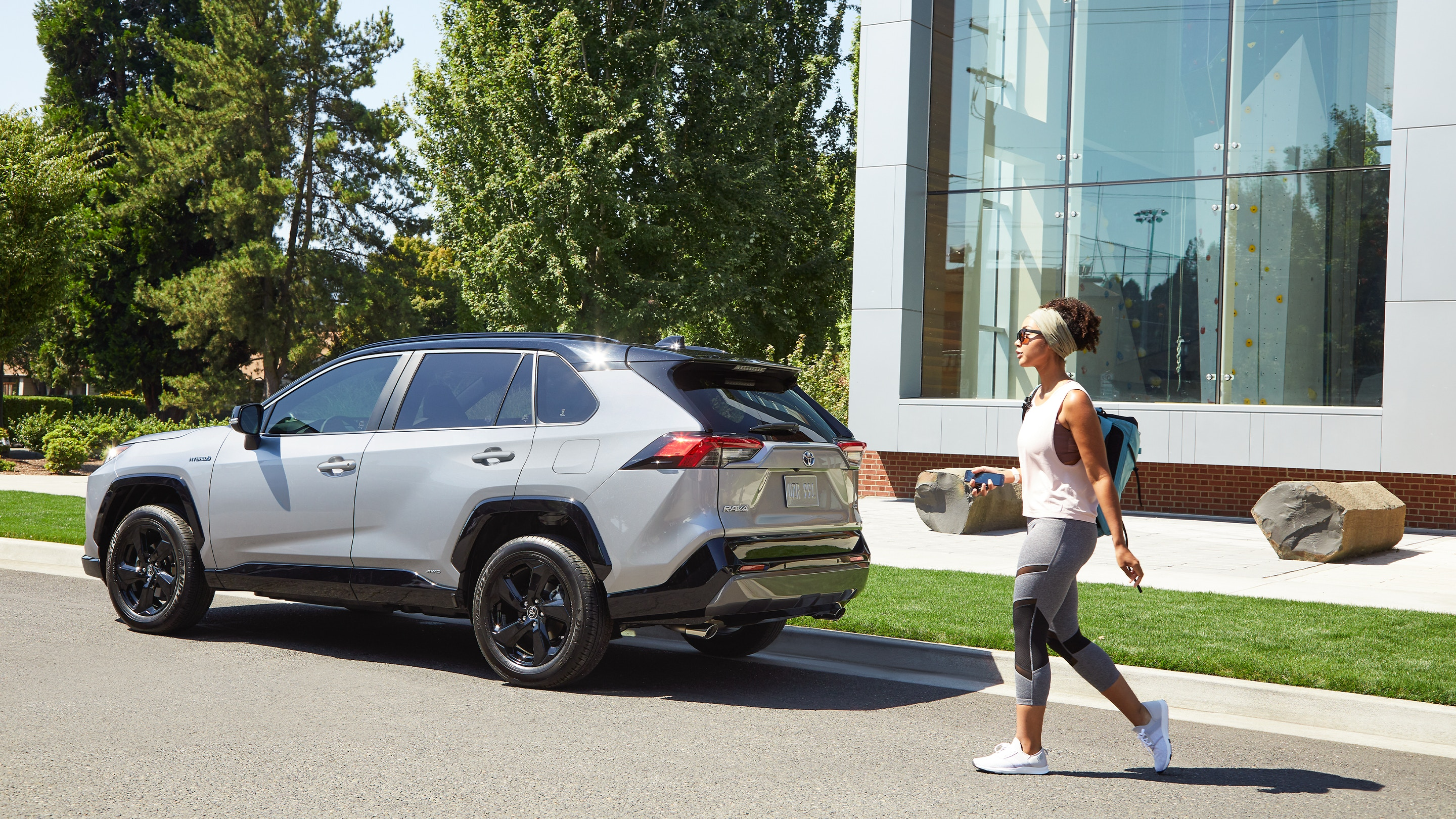 2019 Toyota RAV4 Technology Features near Glen Mills, PA