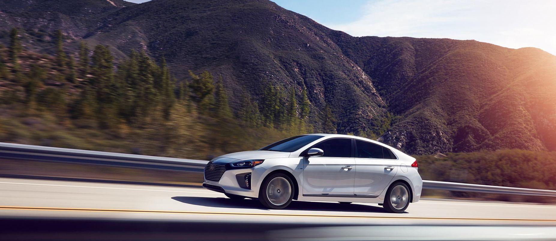2019 Hyundai Ioniq Hybrid Leasing near Arlington, VA