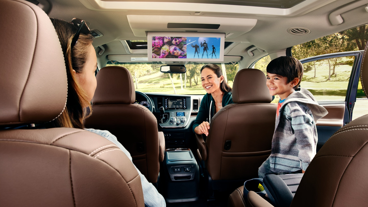 Rear Sear Entertainment in the 2020 Sienna