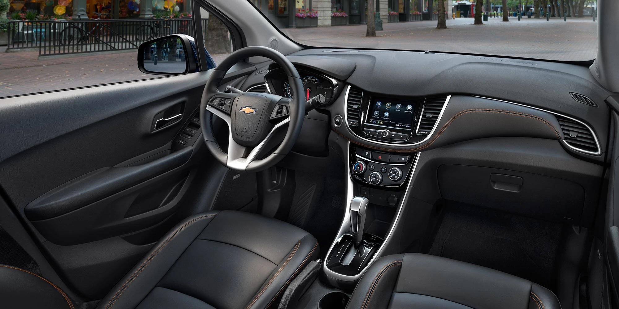 Foto del interior de la UV Chevrolet Trax 2019 compacta