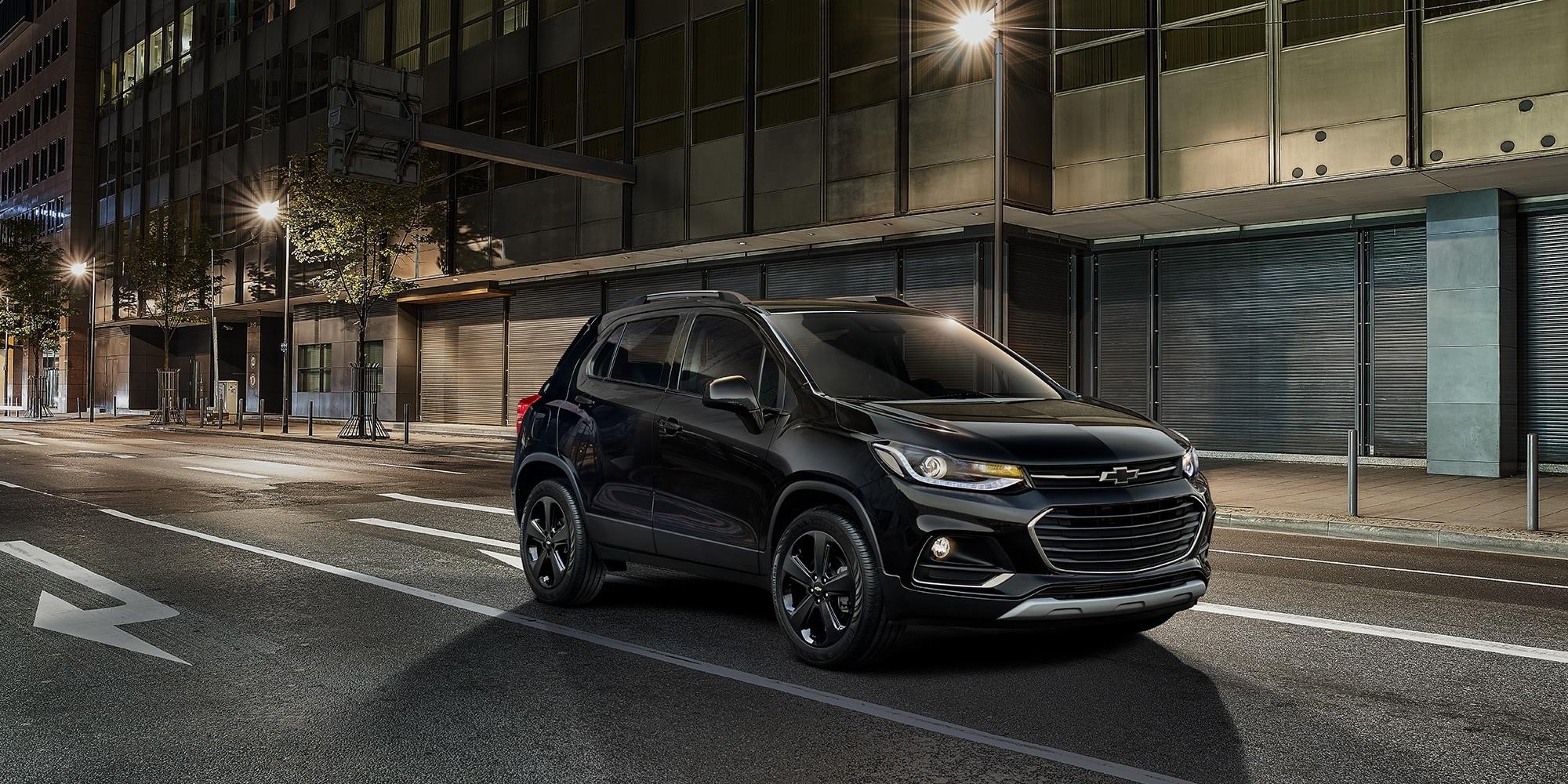 Chevrolet Trax 2019 en Negro Mosaico Metálico con rines de aleación de 18 pulgadas color negro