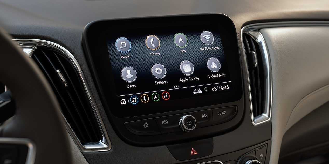 Touchscreen Display in the 2019 Chevy Malibu