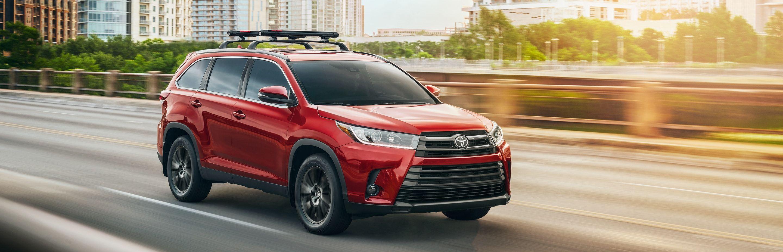 2019 Toyota Highlander Financing near Cleveland, OH
