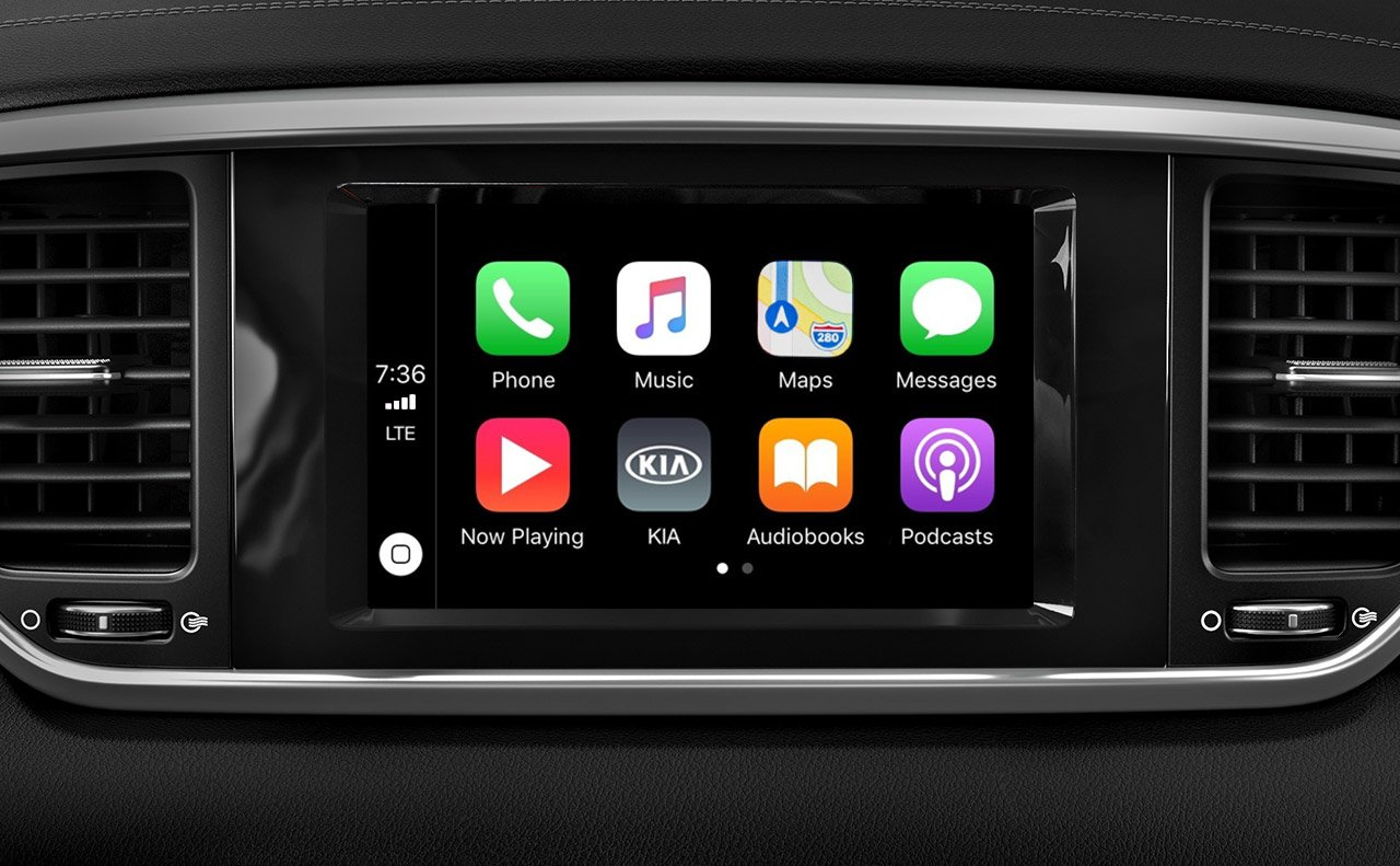 Standard Apple CarPlay™ in the 2020 Sportage