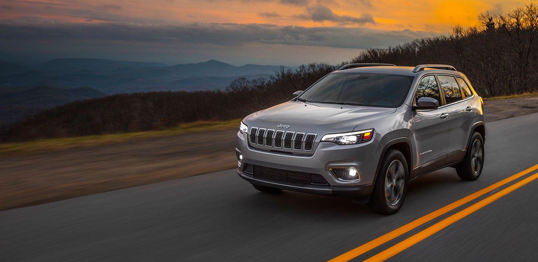 2019 Jeep Cherokee vs 2019 Ford Escape in Fort Gratiot, MI