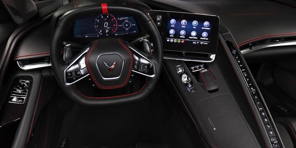 El interior del Chevy Corvette C8 2020 diseñado pensando en el conductor