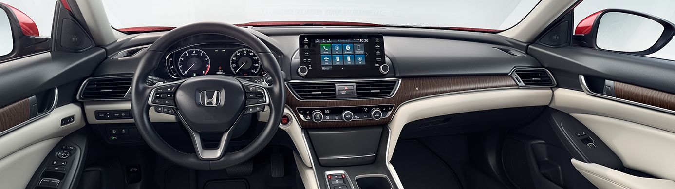 Dashboard in the 2019 Accord