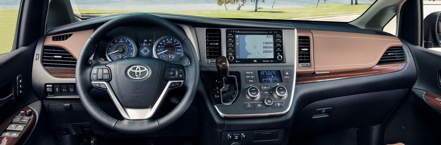 Tech-Loaded Interior of the 2020 Sienna