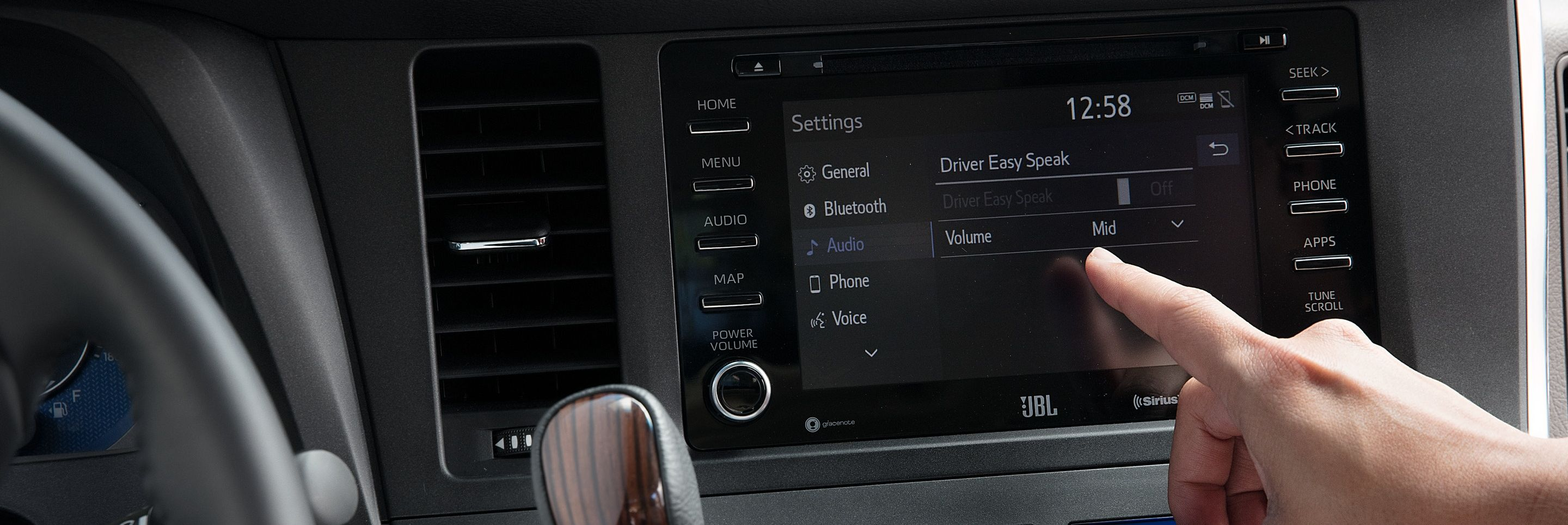 Driver Easy Speak Feature in the 2020 Toyota Sienna