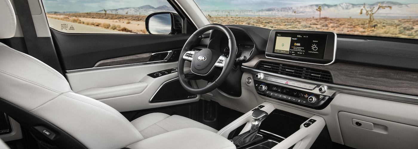 A white leather interior in a 2020 Kia Telluride