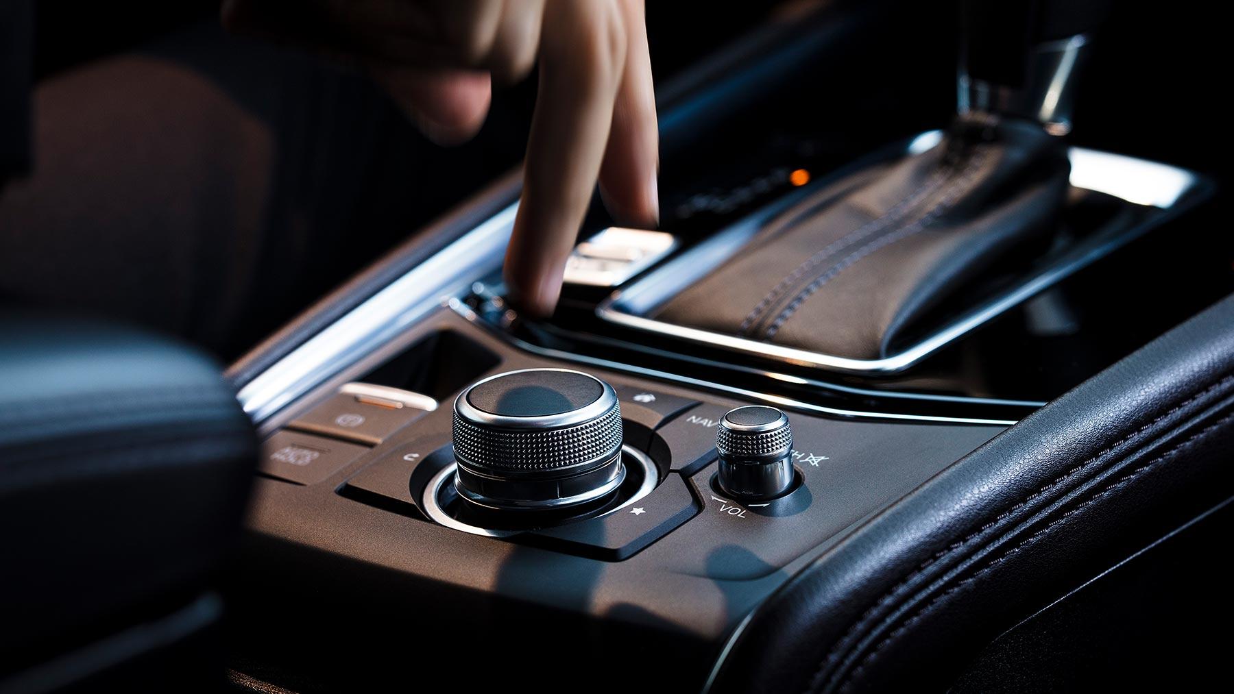 Intuitive Controls in the 2019 Mazda CX-5
