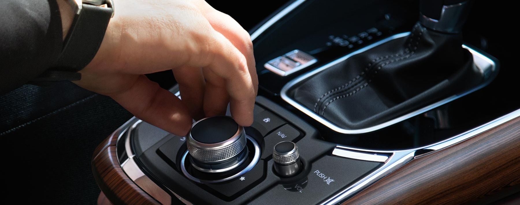 2019 Mazda CX-9 Console