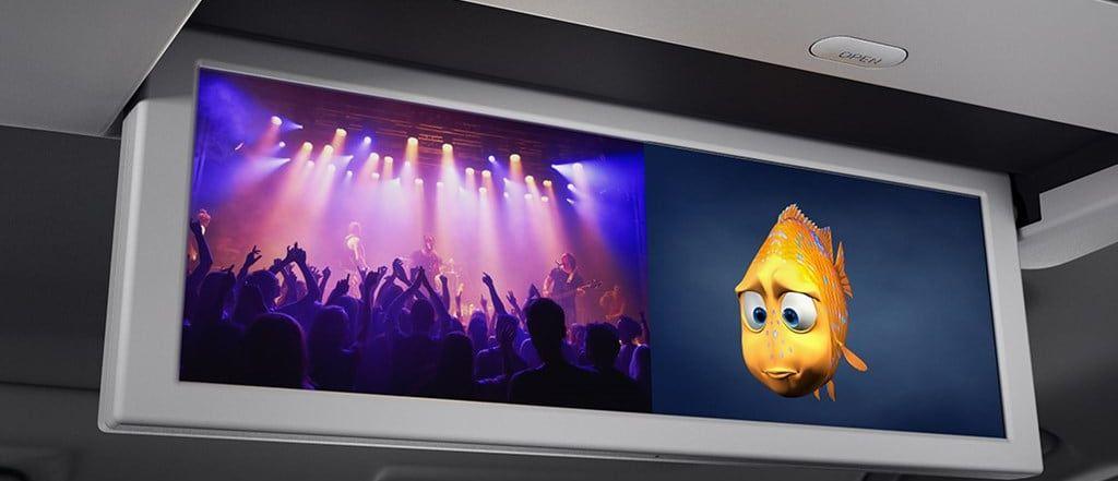 Con la pantalla dividida del sistema de entretenimiento anulas en un gran porcentaje las chances de discusiones.