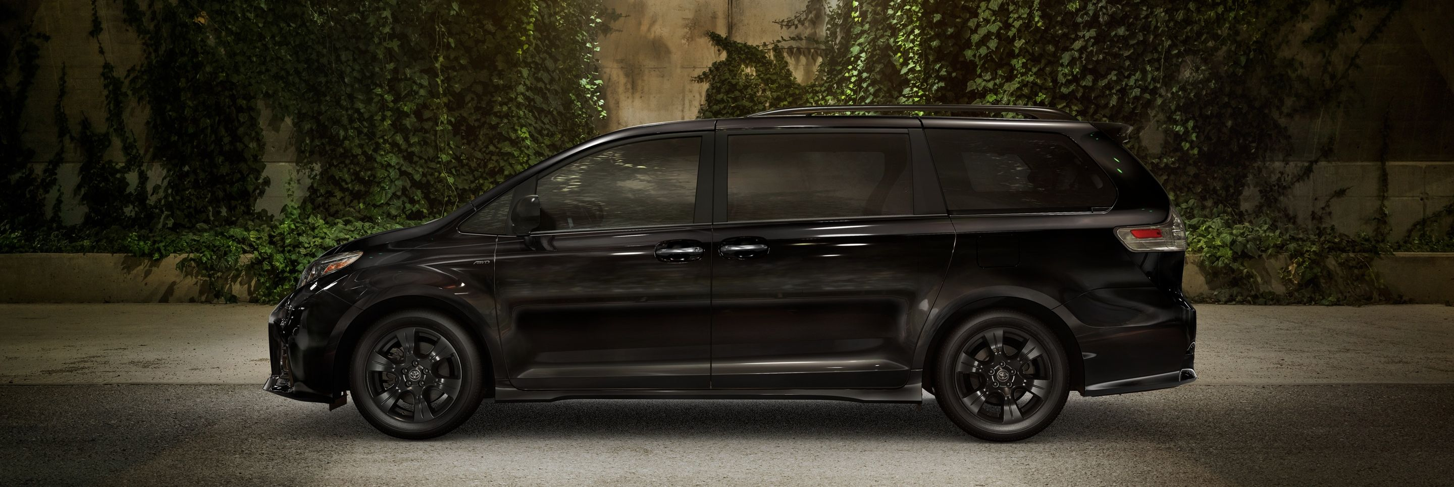2020 Toyota Sienna for Sale near West Des Moines, IA