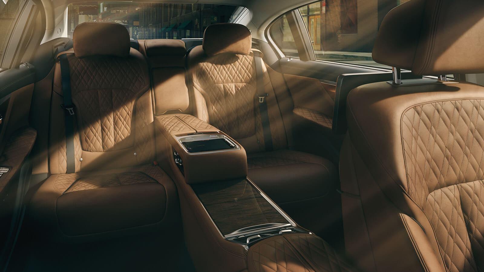 2020 7 Series Rear Seats
