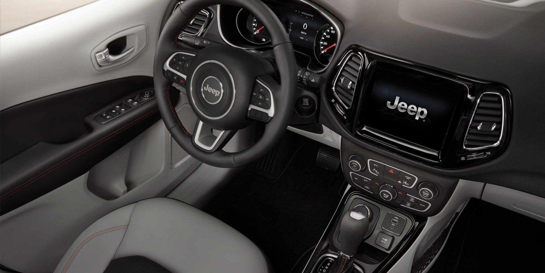 2019 Jeep Compass Cockpit