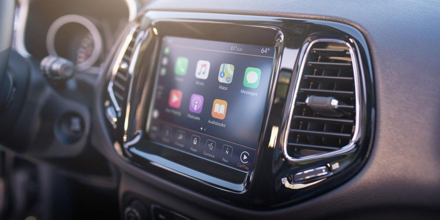 2019 Compass Infotainment