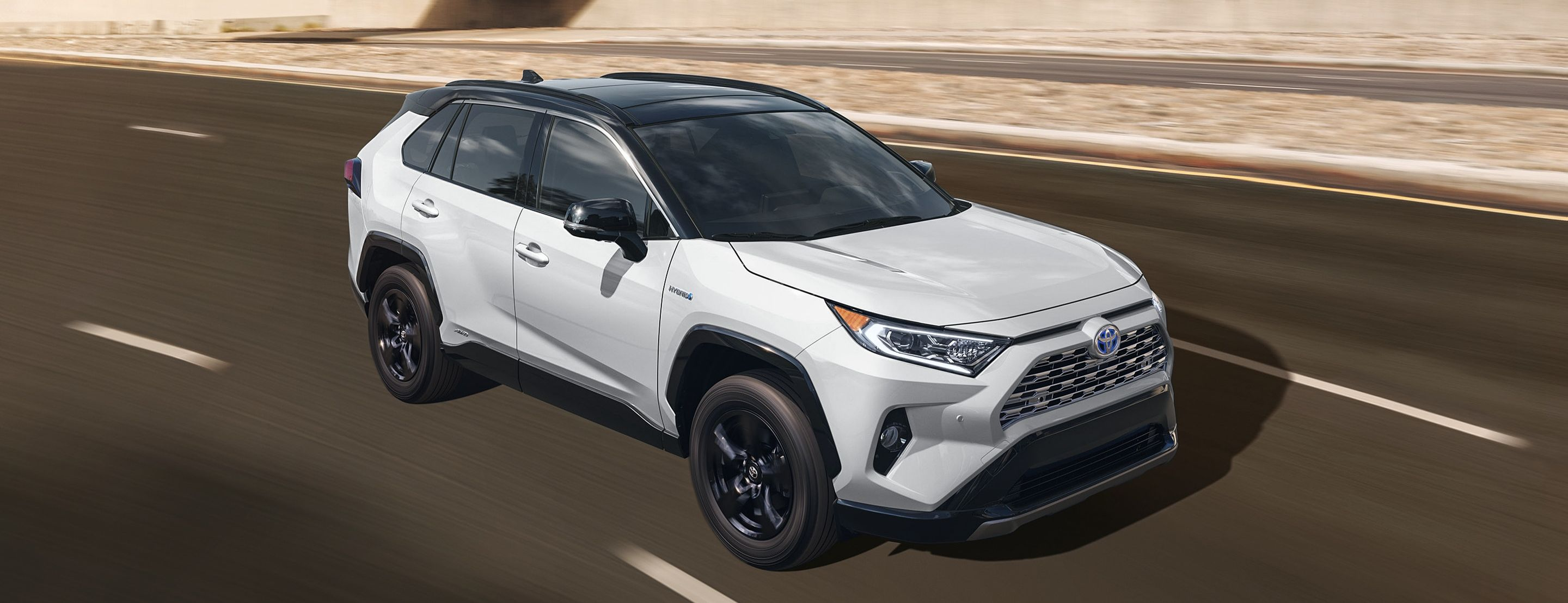 2019 Toyota RAV4 Hybrid vs 2019 Nissan Rogue Hybrid in New Castle, DE