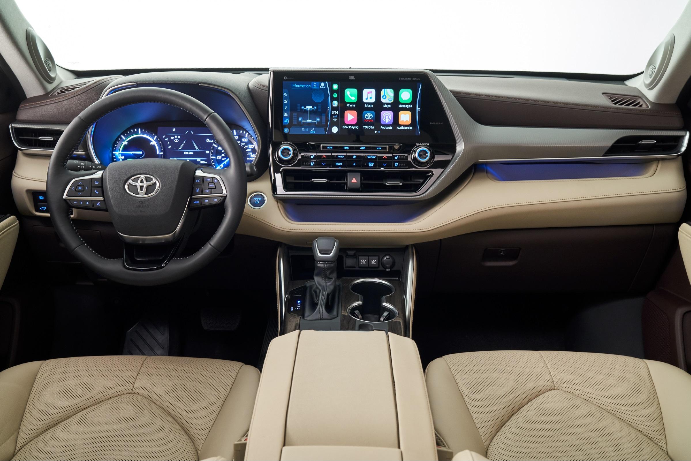 Smartphone Integration in the 2020 Toyota Highlander