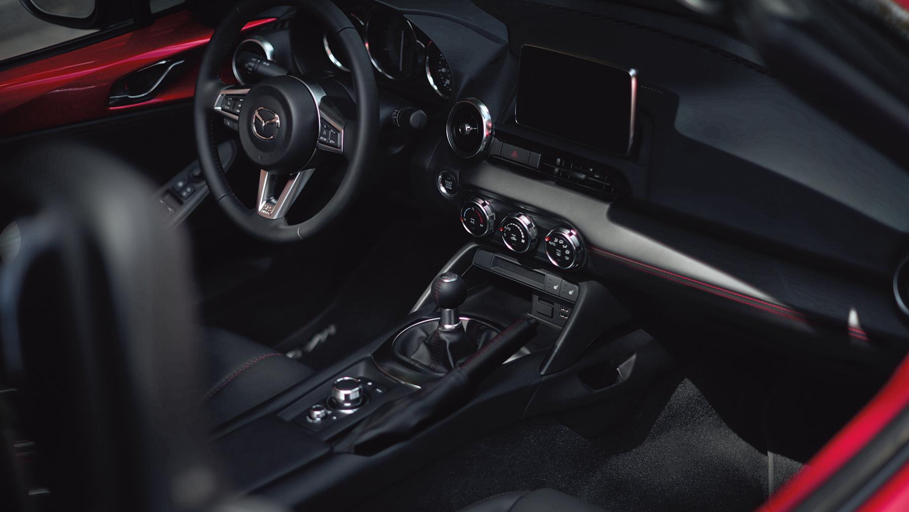 2019 Mazda MX-5 Miata Cockpit
