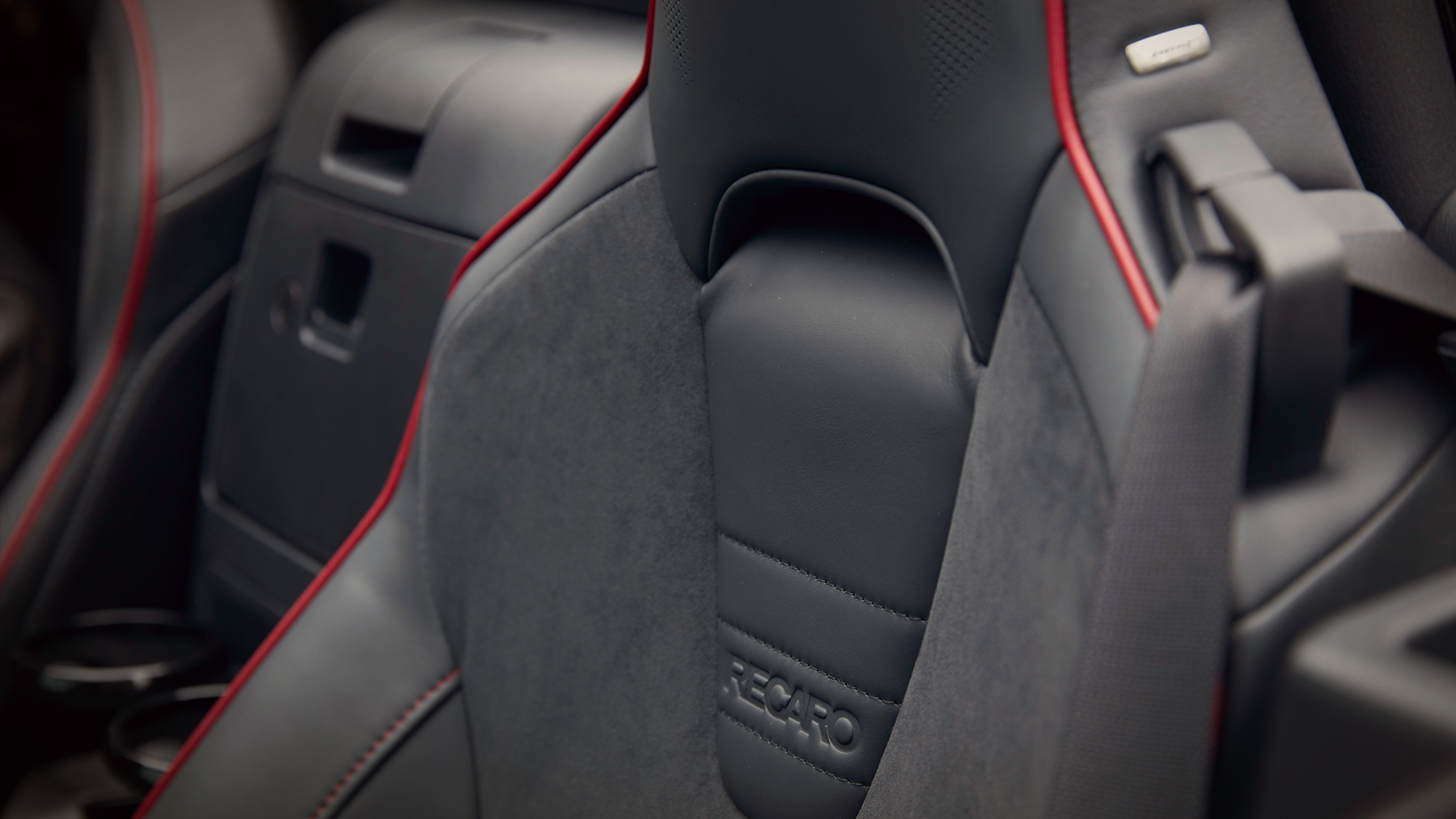2019 Mazda MX-5 Miata Seating