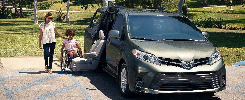 2020 Toyota Sienna Financing near Ypsilanti, MI