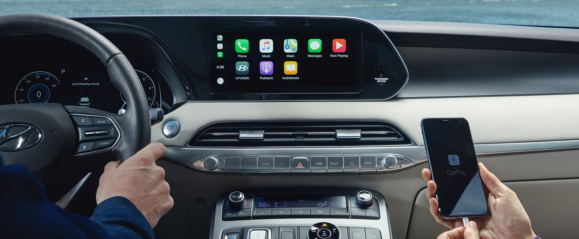 Standard Apple CarPlay™ in the 2020 Palisade
