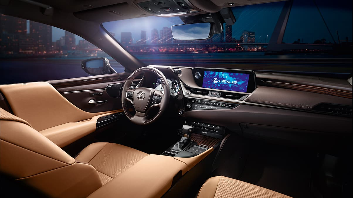 Advanced Cabin of the 2019 Lexus ES 300h